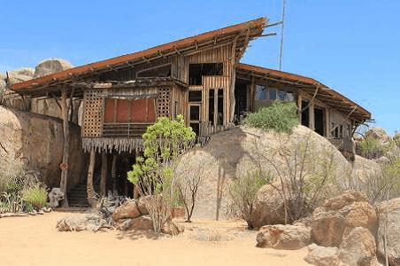 #2607: 1 Nag self-sorg verblyf vir 4 persone, Onjowewe House Kamanjab